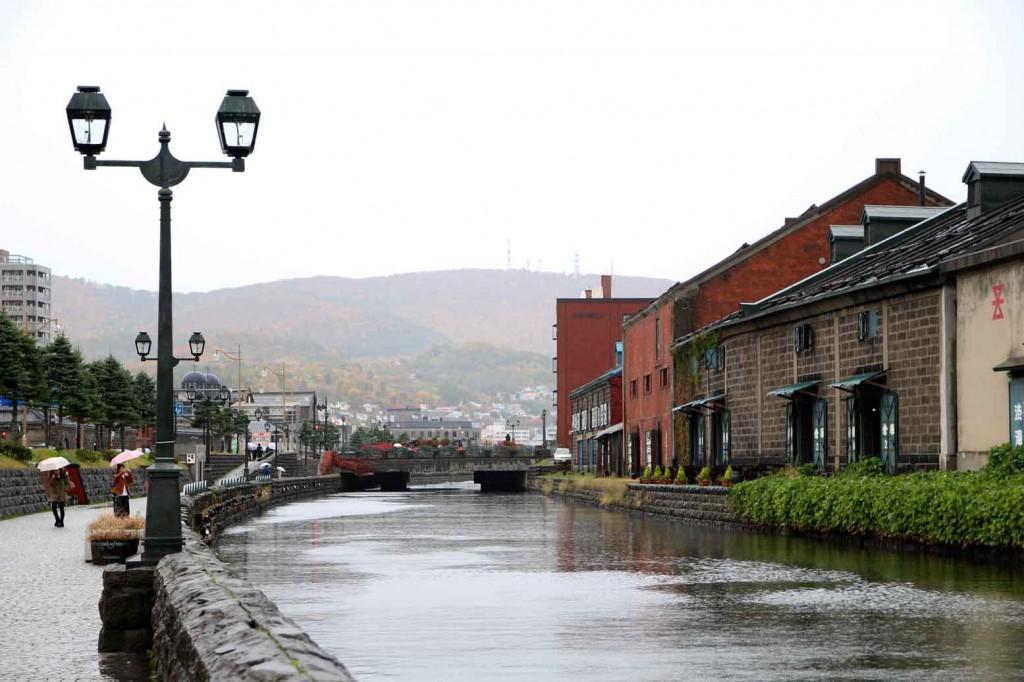 雨の運河1