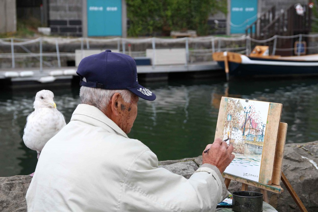 カモメと水彩画家2