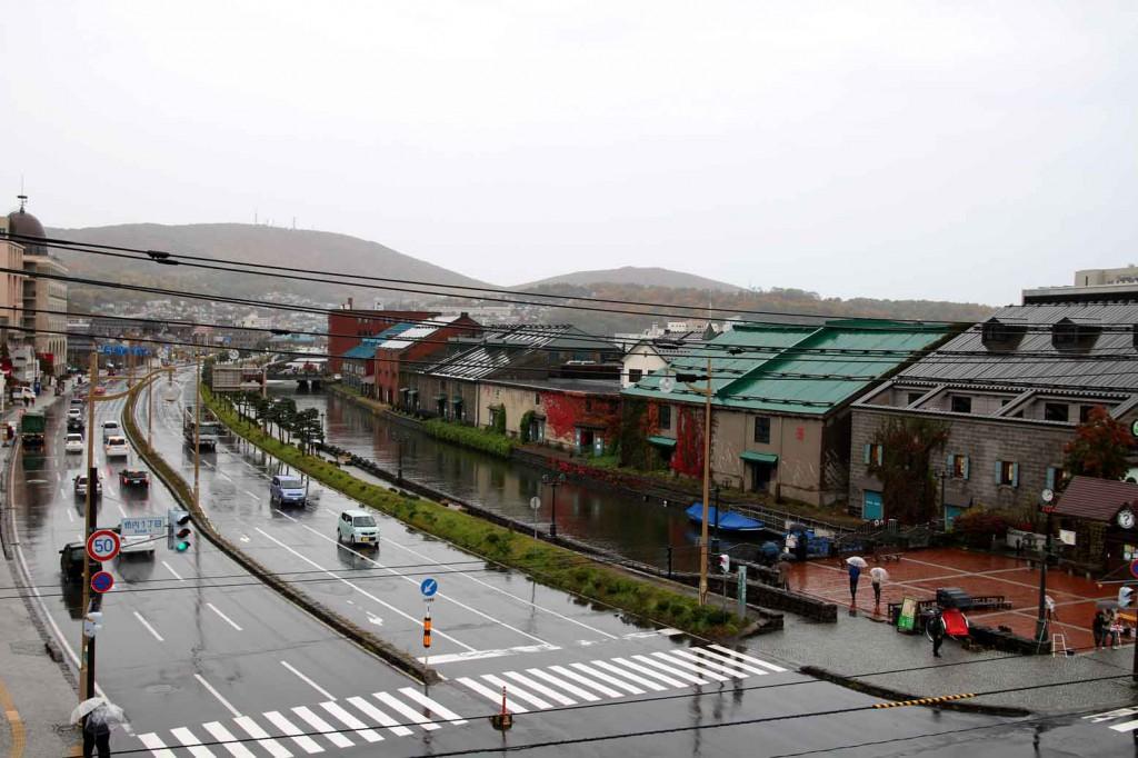 雨の運河2
