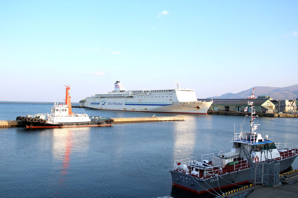 新日本海フェリーらいらっく