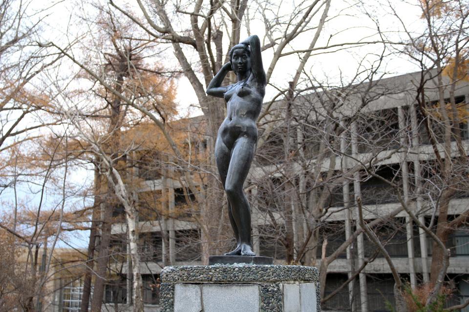 小樽公園少女の像2