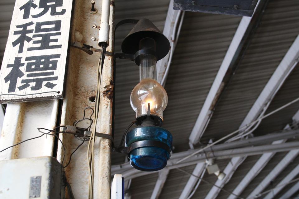 小樽駅ホームのランプ