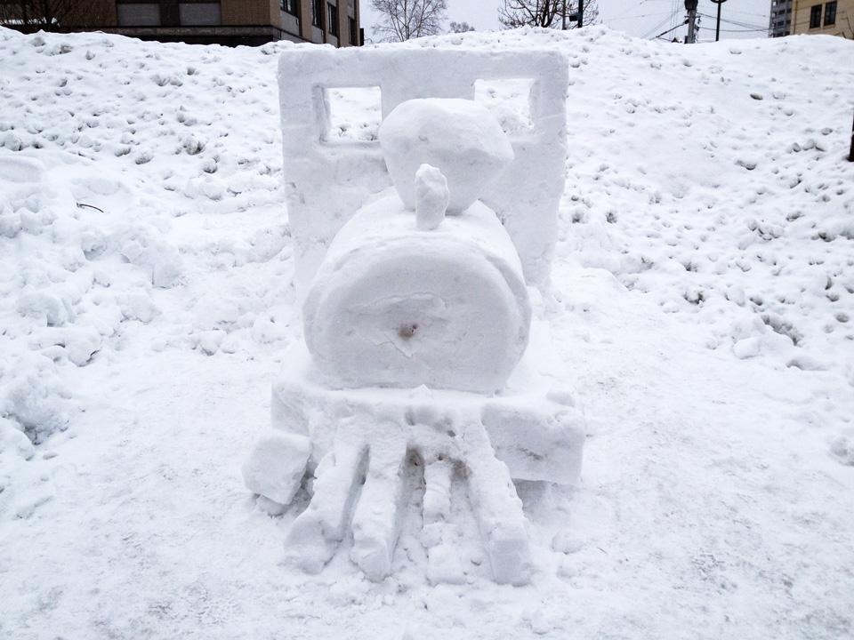 機関車雪像