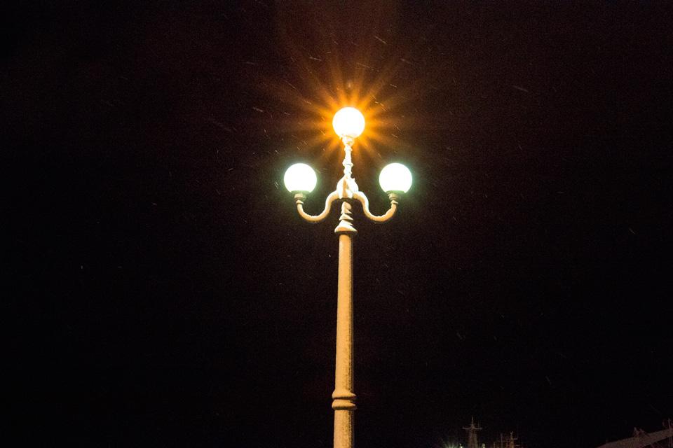 小樽湾岸センター前の街灯
