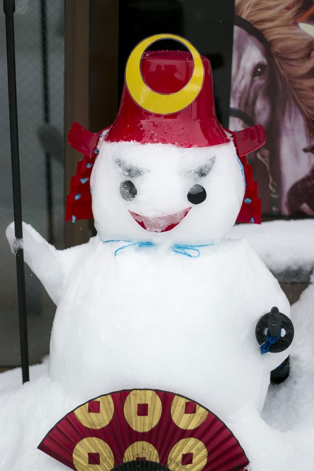 武将館の武将の雪像1